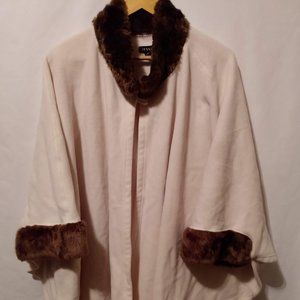 Women's Poncho (Jessica) One Size Fits All Beige